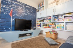 עיצוב חדר משפחה באווירת ים