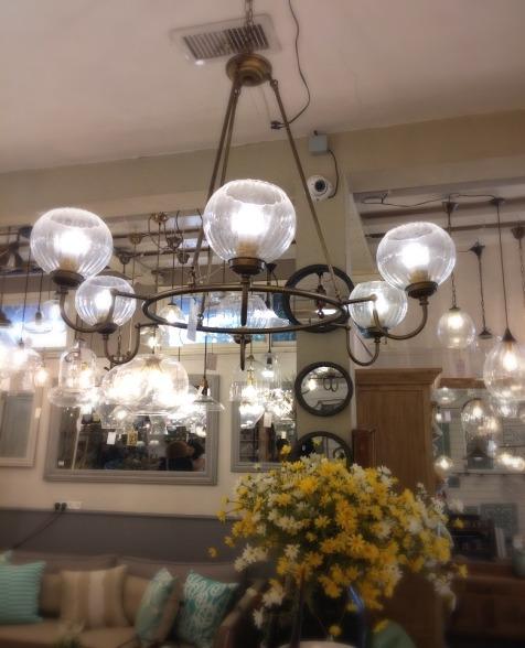 מנורה עגולה 6 נורות בסגנון כפרי