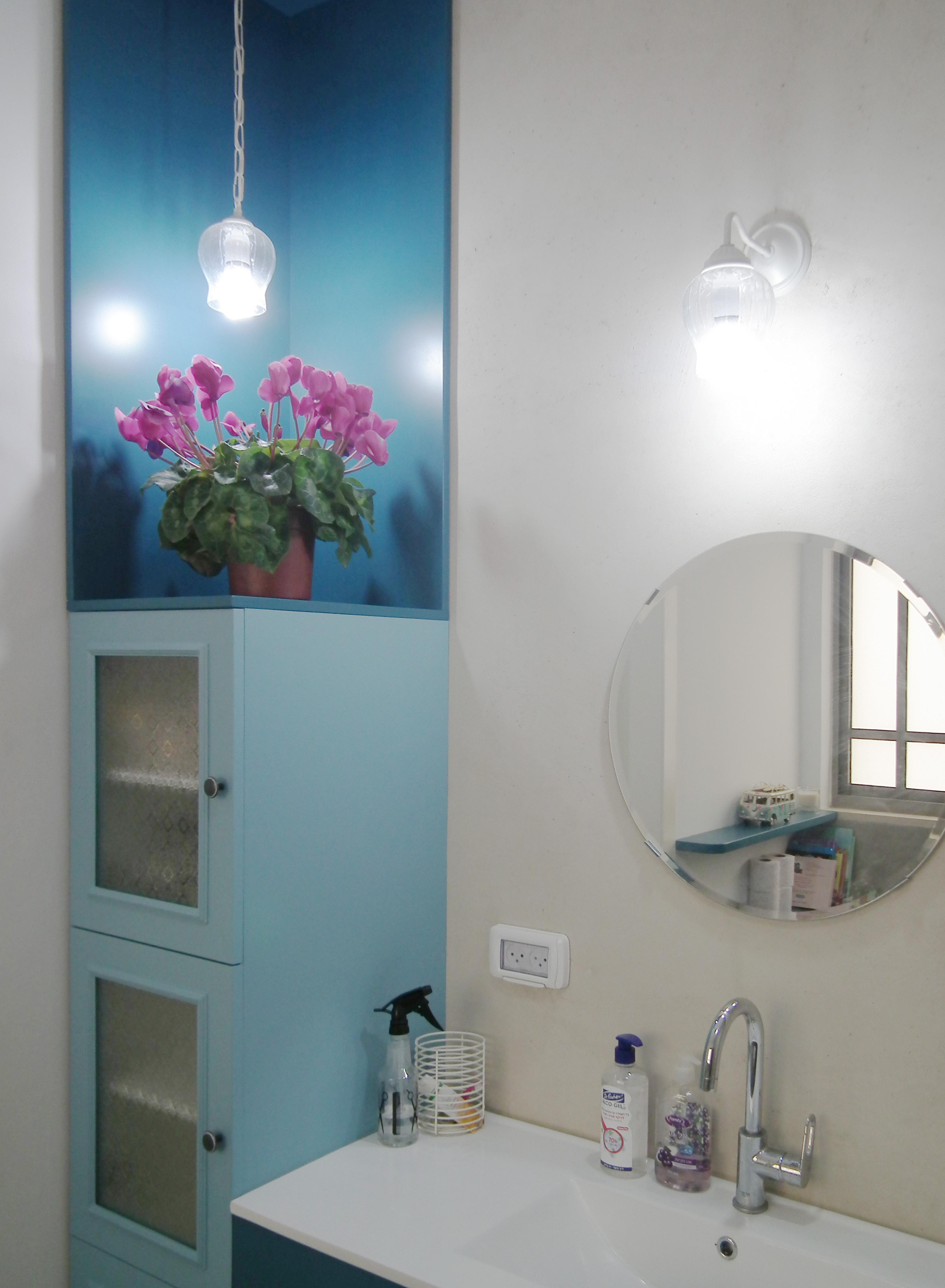 תאורה במקלחת
