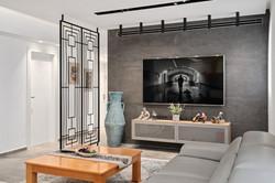 קיר אריחים שחור בסלון