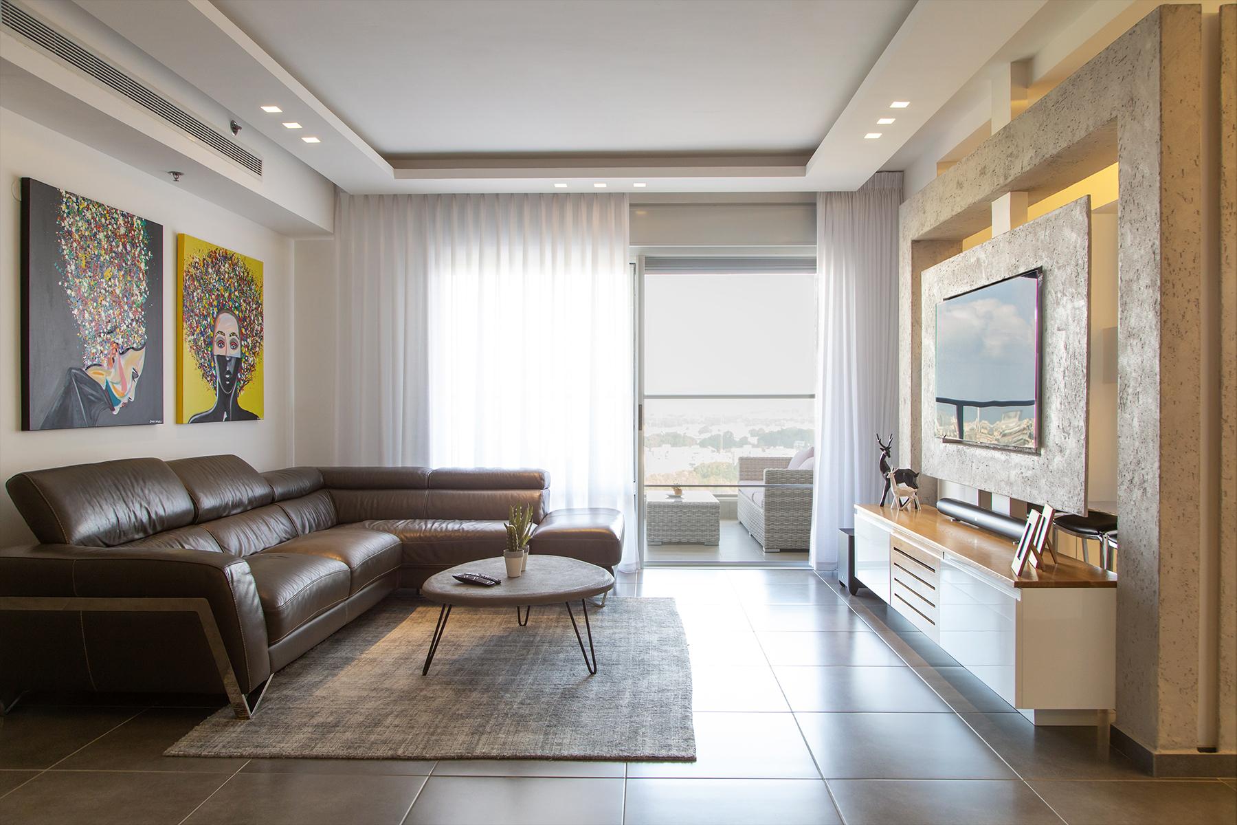 עיצוב וסטיילינג הסלון לכיוון המרפסת