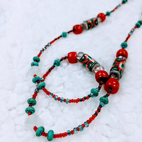 Fancy Strung Necklace 09