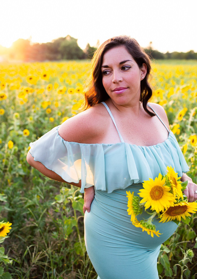 Maternity Session - Sunflower Field