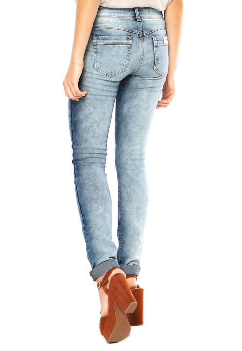 10104ef09 Calça Jeans dimy Super Skinny Azul, com caimento ajustado e bolsos  localizados. Confeccionada em jeans leve, proporciona maior conforto e um  ótimo caimento.