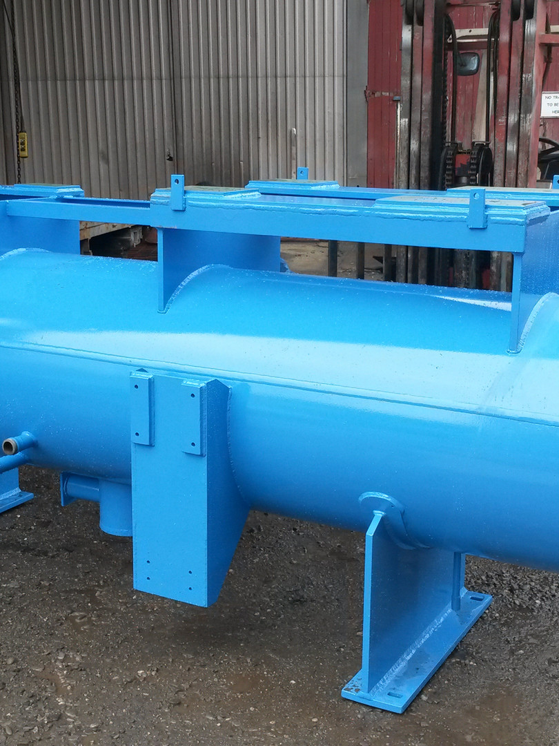 Pressure vessel compressor
