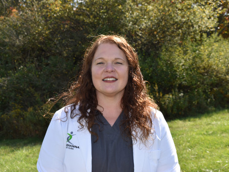 Let's Learn About Laura Nearhood, RN!
