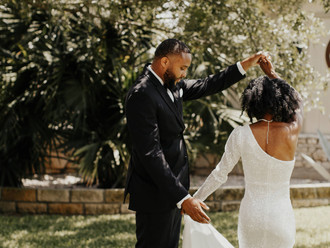 5 REASONS NOT TO HAVE A BIG WEDDING