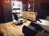 Le studio officiel BYSIX