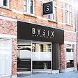 Le studio officiel BYSIX