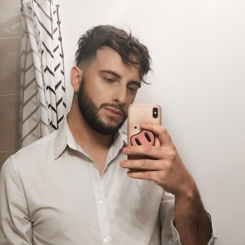 homme prothèse coiffure