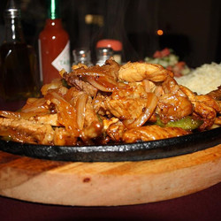 The best fajitas come and join with all your family and friends 1157 st Clair avenue west #fajitas #