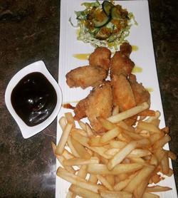 Chicken wings with french fries.jpg.jpg.jpg.jpg.jpg.jpg.jpg #lafogata🔥 #theplace2be #bar #restauran