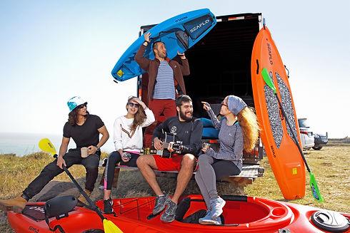 En Seaflo queremos Entregar una experiencia de conexión única con nuestro entorno naturalpara que disfrutes junto a tus amigos y familia bajolos mejores estándares de navegación, comodidad y seguridad