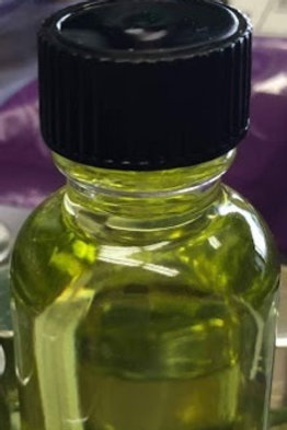 Prayer oil (Large)