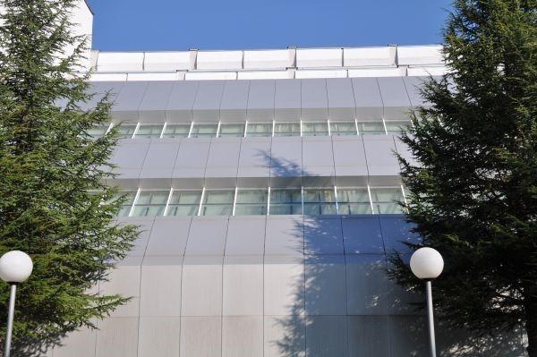 Windows facades