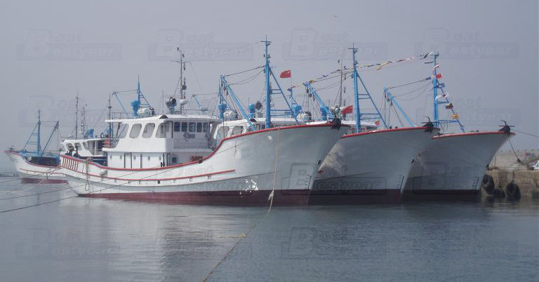 Commercial Fishing Boat 3000