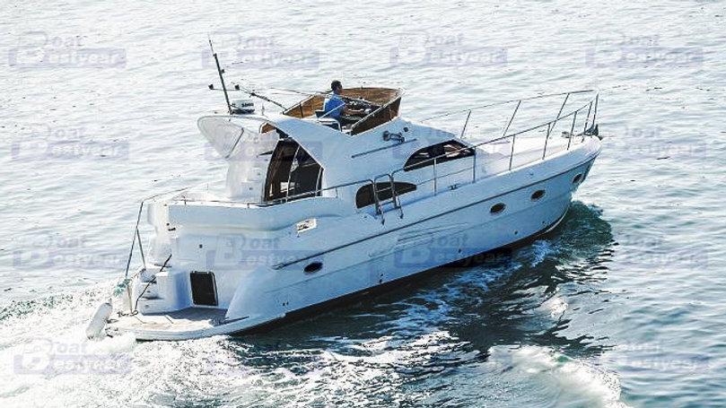 Bestyear 43ft Luxury Yacht with Wooden Interior