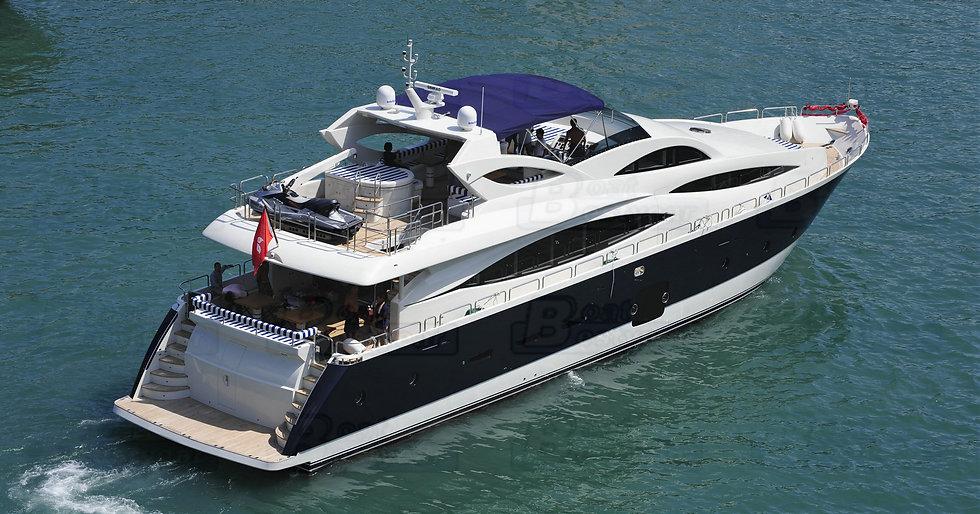 Sukha 103 Yacht