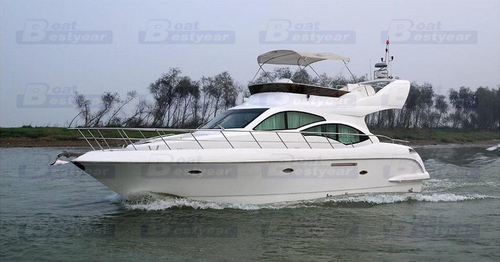 Mona 48 Yacht