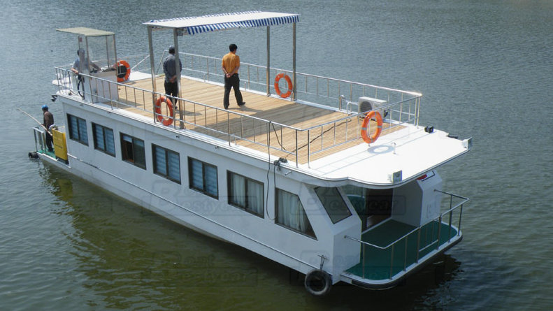 15-20m Houseboat