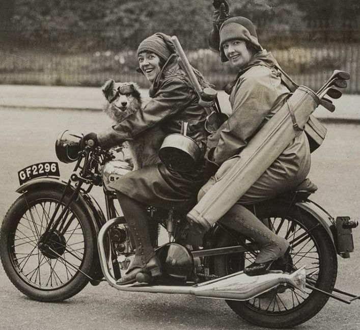 women-riders-old-motorcycles