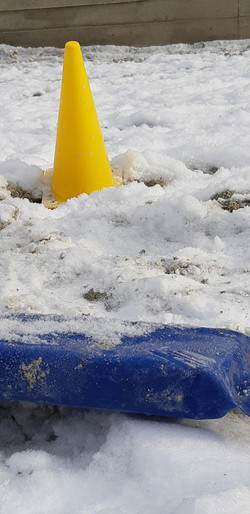 Schnee_pylonen
