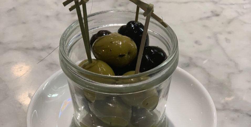 Маринованные маслины, оливки