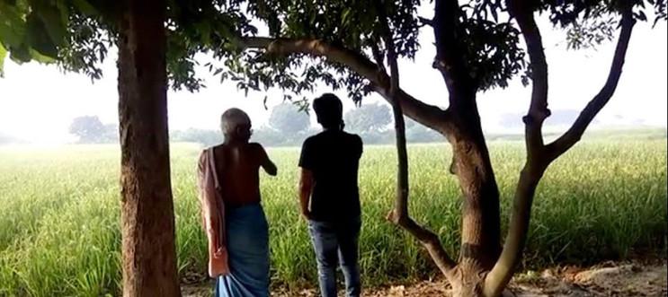 Vipra Goyal with farmer