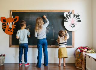 FAMILY RULES: FIVE MOMS SHARE