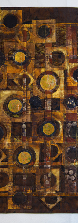 Golden Circles and Squares