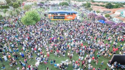 Cerca de 35 mil foliões aproveitaram o carnaval paulinense