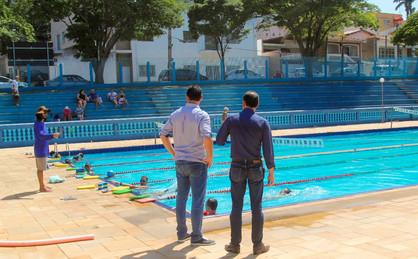 Prefeitura finaliza trabalho de manutenção no complexo aquático do Centro