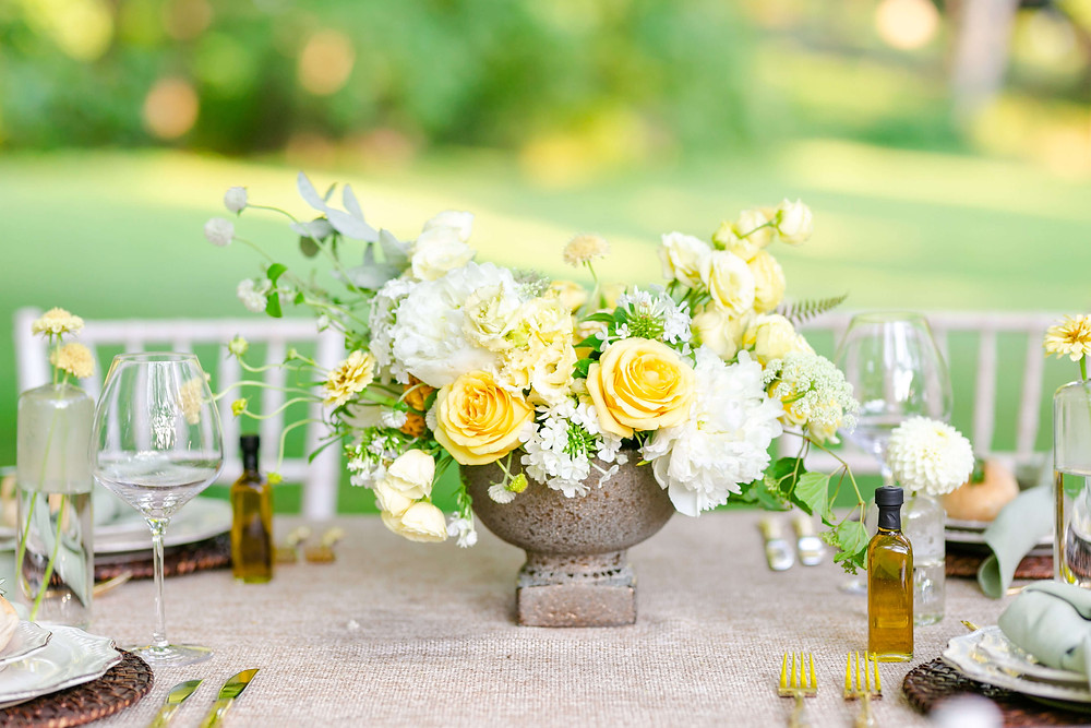 white and yellow washington dc wedding