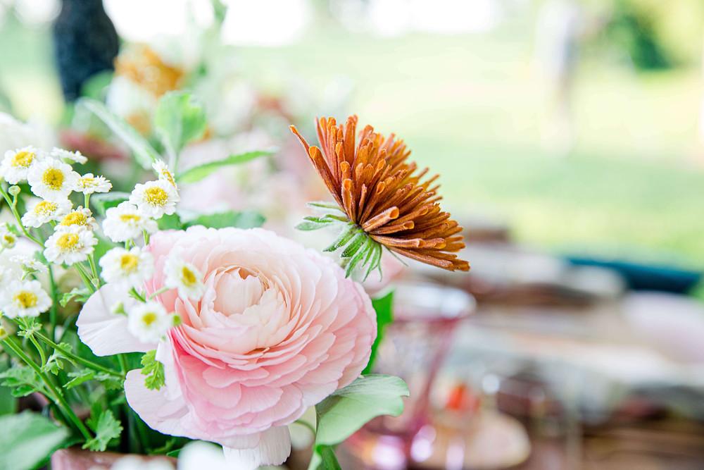 intimate summer wedding