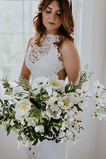 white dogwood wedding bouquet.jpg