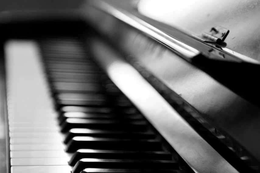 Piano czarno-