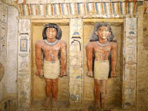 איך זה להיכנס לקבר שהיה אטום במשך יותר מ-4400 שנה?