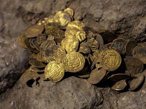מטמון זהב מלפני 1,100 שנה התגלה ליד יבנה
