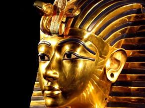 זהב - היסוד החוצני הנשגב שארוג לכל רוחב ספקטרום הקיום האנושי