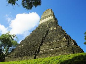 האם אלים חוצניים ביקרו את תרבות המאיה?