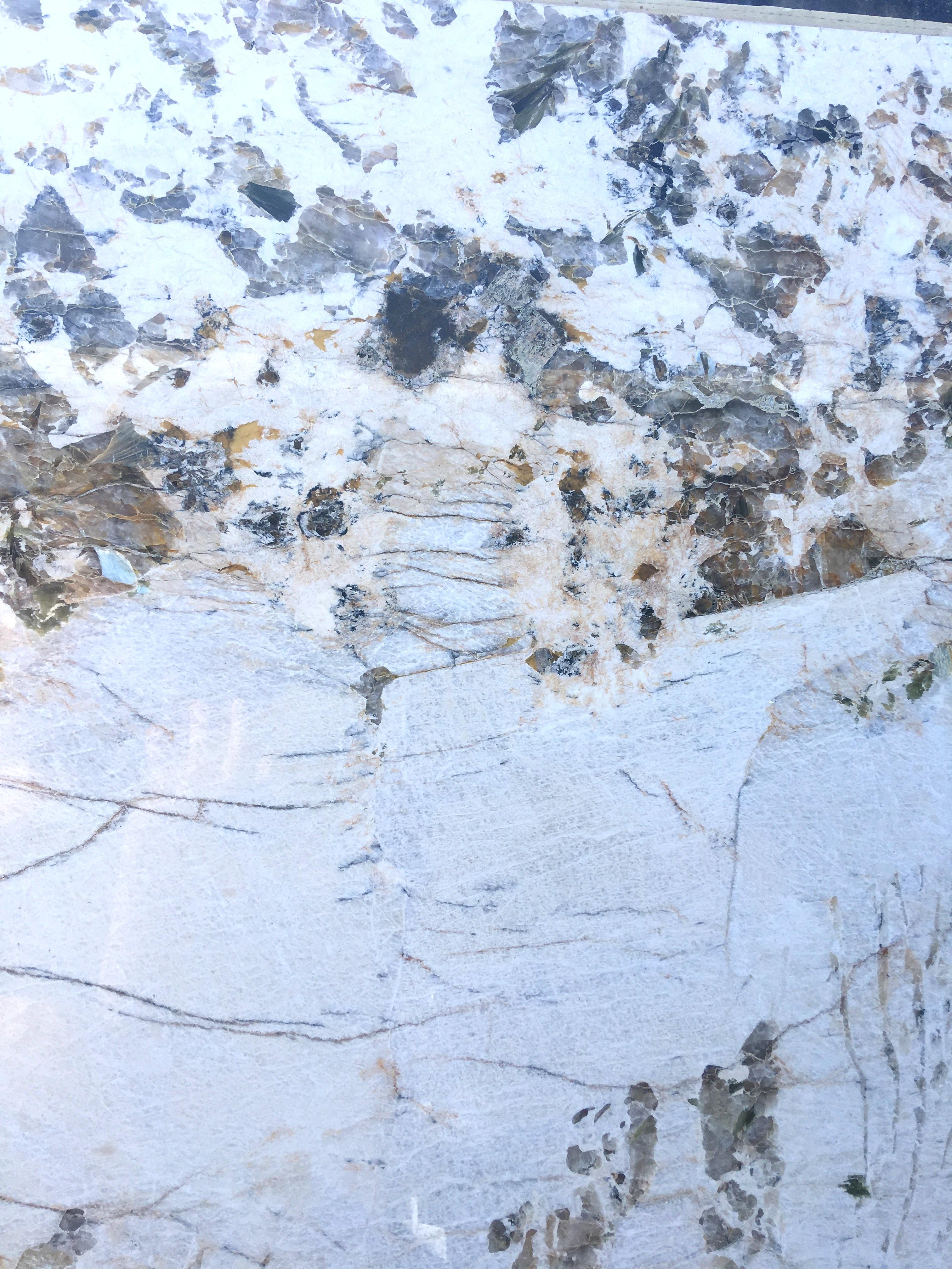 Alpinus White