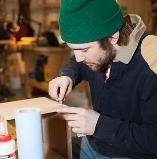 Hand joinery in furniture-making