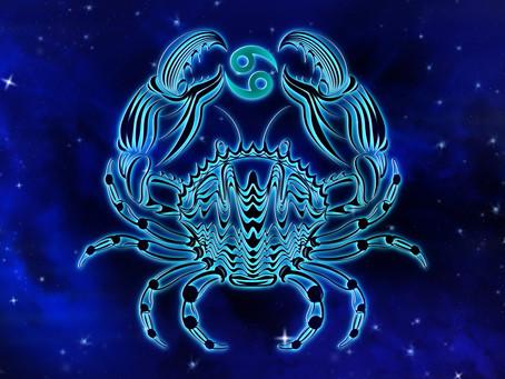 Ásványkarkötők kimondottan a Rák csillagjegy szülötteinek