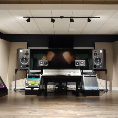 500 sq ft control room