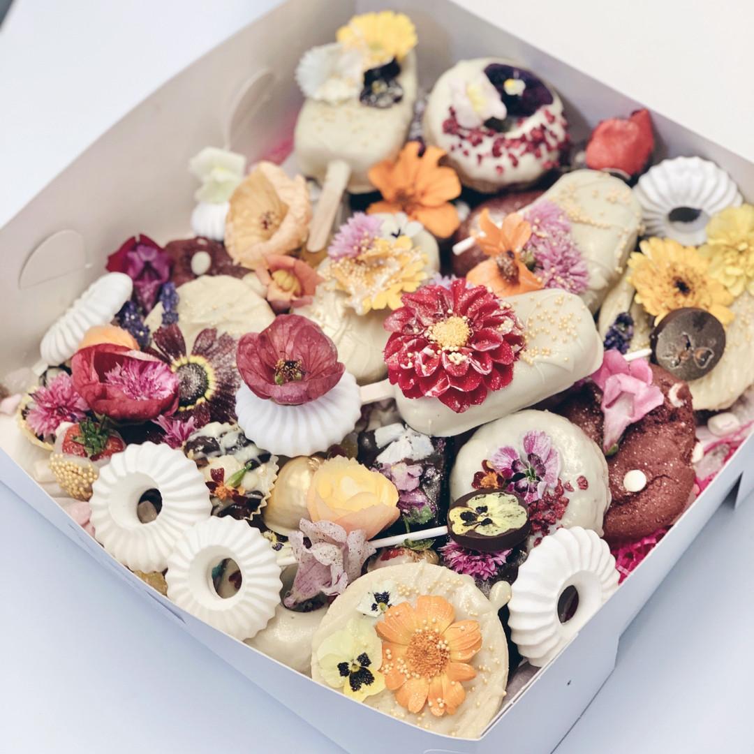 Edible Flower Box 2