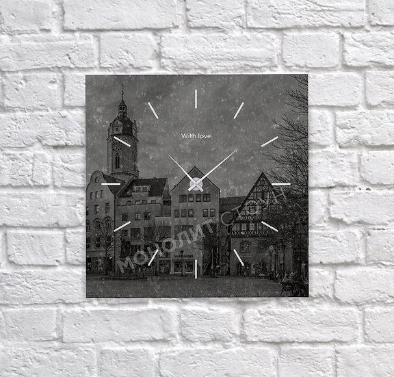 Часы из черного гранита (30*30 см)