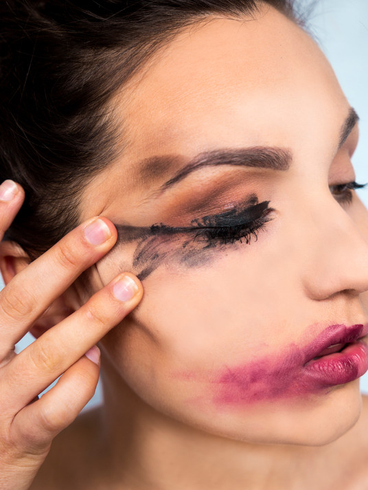 Feminism: Judgement of Makeup