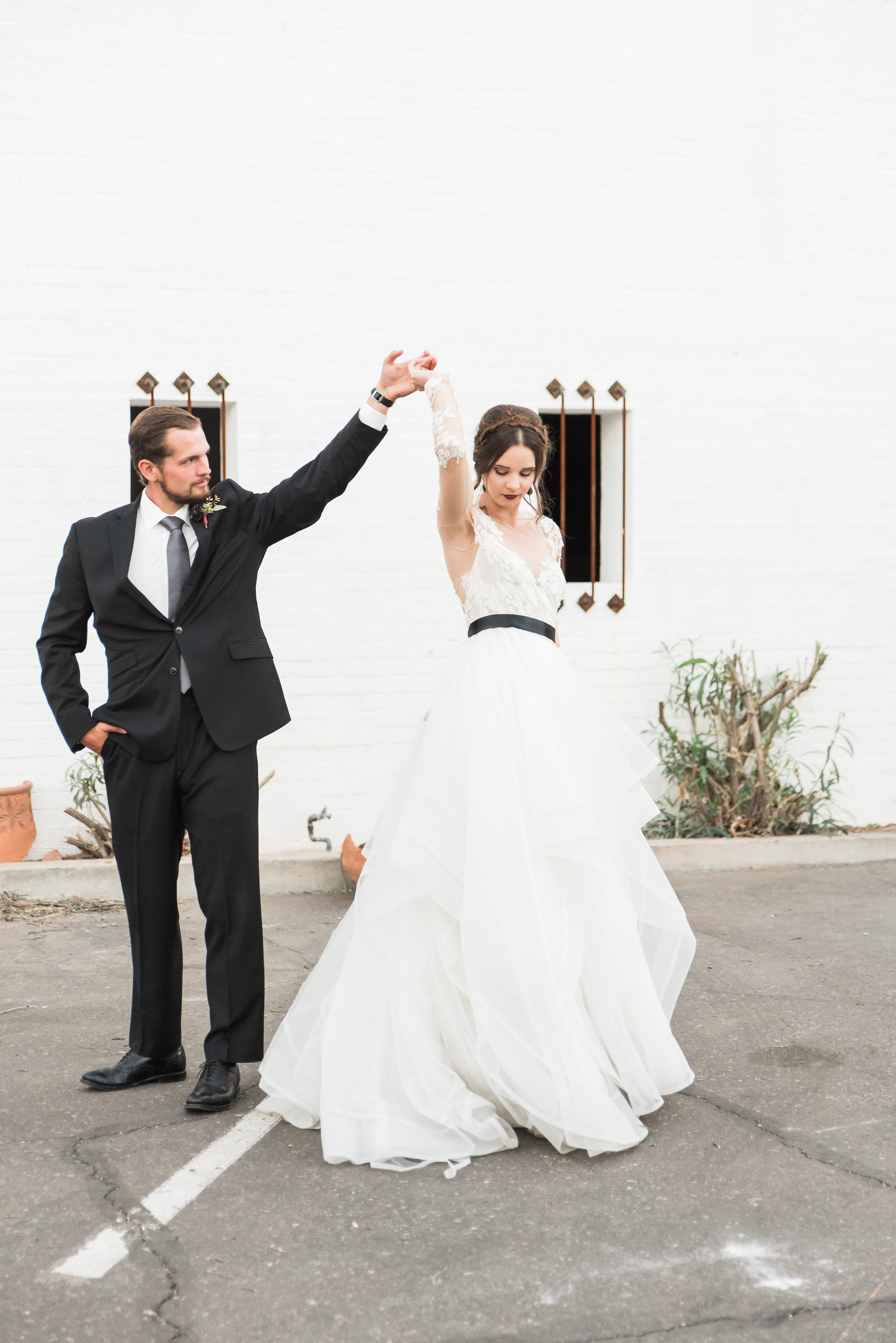 styledshoot-creativetribe-bridegroom