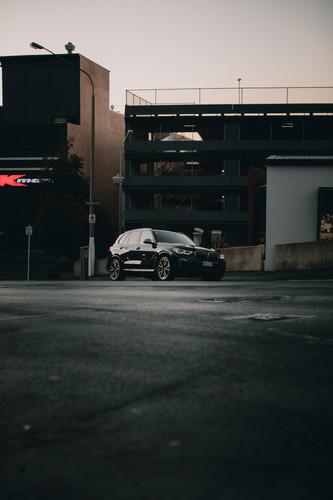 BMWX5G05_1_InfinitumStudios.jpeg