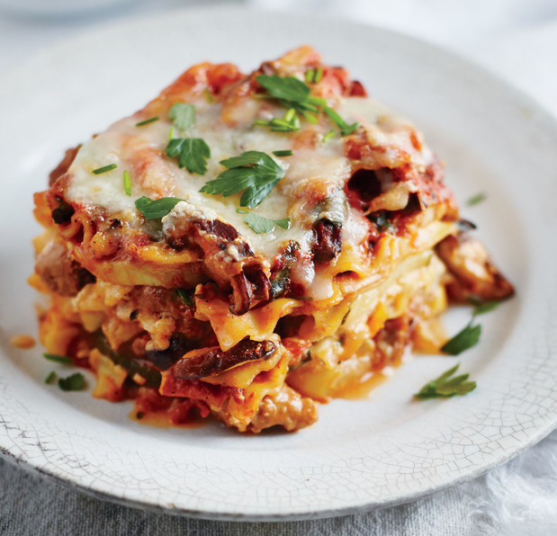 2507701-slow-cooker-sausage-lasagna.jpg